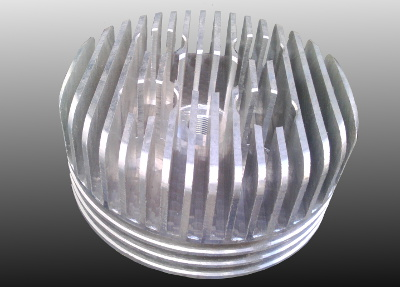 Cylinder head for motorised bicycles